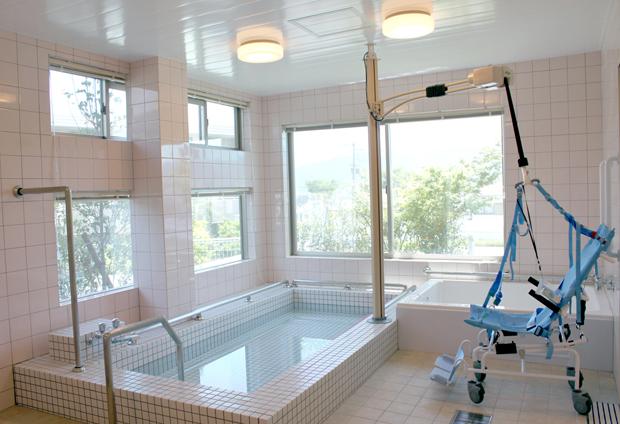 リハビリプラザ桜ヶ丘浴室1